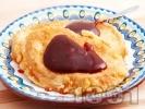 Рецепта Пържени филийки с вода и яйца, намазани с шипков мармалад